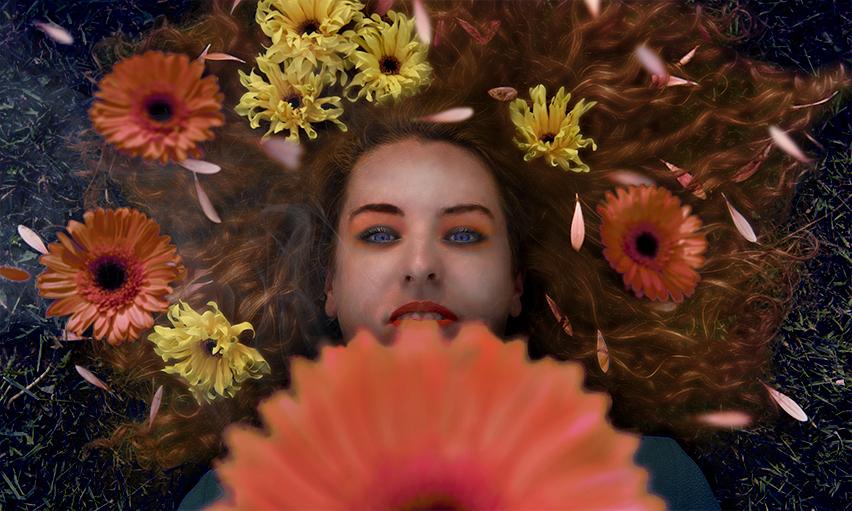 Model met bloemen - fotobewerking